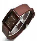 Montre miler pour femme avec bracelet en silicone et cadran rectangulaire