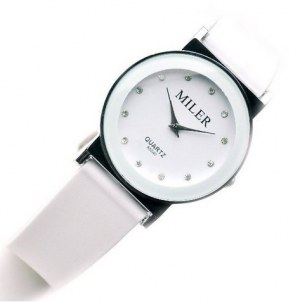 Magnifique montre fantaise Miler, avec bracelet en silicone et cadran incruste de crystaux