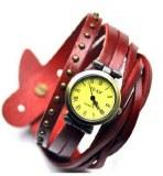 Montre tendance vintage, avec bracelet lacet, cloute. Femme