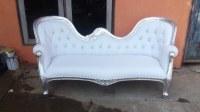 A vendre 1 container de meubles baroques