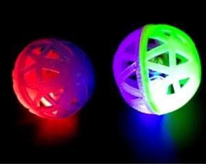 Balle LED soft avec clochette Flashing Ø 7,5cm coloris assortis à partir de 0,65€ HT