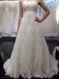 Fabricant magnifique robes de marieé en dentelle, perles et satin