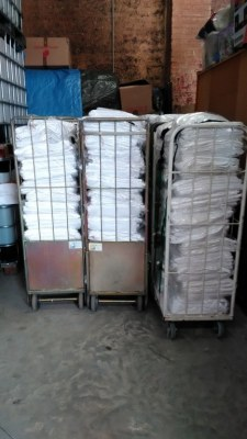 Draps housse de couette serviettes en quantité (3 tonnes) friperie