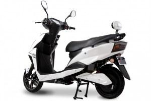 Scooter électrique équivalent 50 cc e-Opai 2400 watts - Autonomie 70 km/h - Vitesse max...