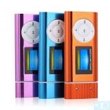 1,2 pouces TF (Micro SD) Card Slot Lecteur MP3 avec écran LCD (Speaker Clip) (4 Go)