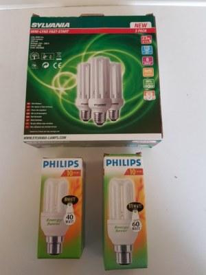 Lot ampoule économie d'énergie neuf et emballé 15900 ampoules