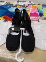 URGENT Lot 620 paires de chaussures femmes