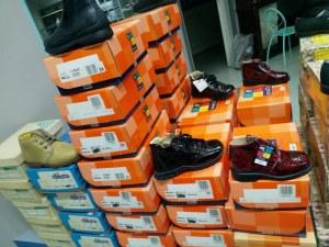 Lot de chaussure enfant