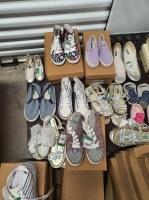 Lot de Chaussures et Accessoires Mixtes