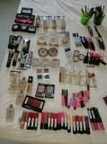 Stock de cosmétique de marque