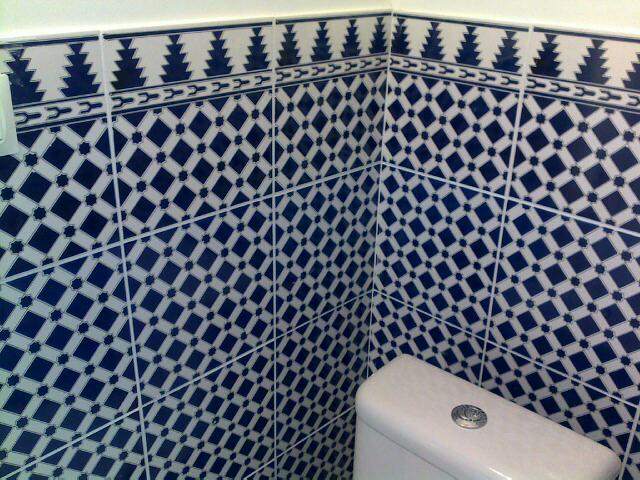 Fa ence marocaine r douane marghich destockage grossiste for Salle de bain vert d eau